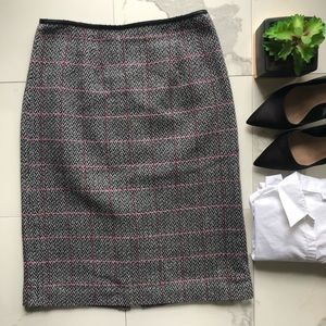 Talbots Black And White Pattern Knit Pencil Skirt